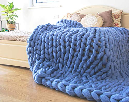 ERLYEEN Chunky Knit Blanket Merino Wool Hand Made Throw Boho Bedroom Home Decor Giant Yarn,Sky Blue,24