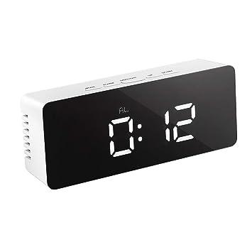 LEDMOMO LED Despertador Digital con espejo con Termómetro de Interio Dos Tipo alarma y snooze para dormitorio oficina Funciona con pilas Alimentado ...