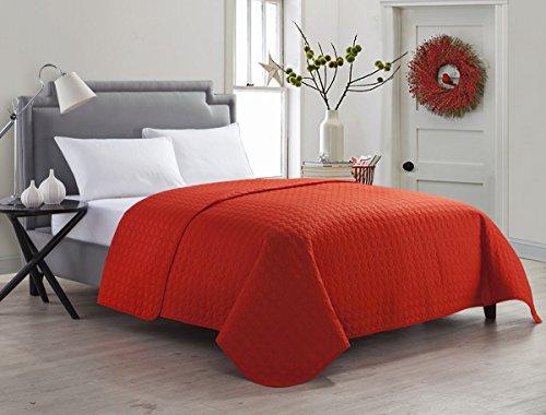 VCNY Mandarin Red Jackson Full / Queen Quilt
