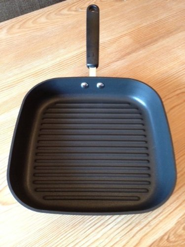 Pampered Chef 11'' Executive Non-Stick Square Grill Pan by Pampered Chef