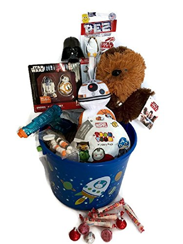 BOYS STAR WARS EASTER GIFT BASKET ~ STAR WARS CHEWBACCA & BB-8 PLUSH, DROIDS MAGNET SET, DARTH VADER FIGURAL EGG, PEZ, TSUM TSUM MARVEL MYSTERY PACK TOY, MINI WATER GUN, HERSHEY KISSES CHOCOLATE