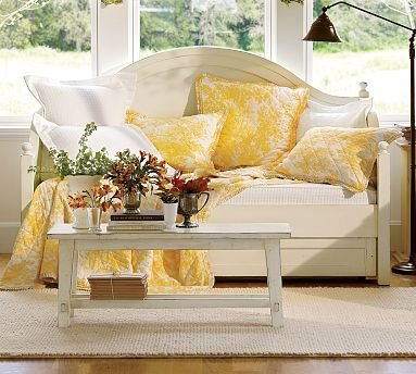 Terrific Amazon Com Pottery Barn Charlotte Daybed With Trundle Ibusinesslaw Wood Chair Design Ideas Ibusinesslaworg