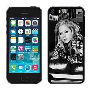 5c case,Unique Design Avril Lavigne Sofa Sneakers City Houses iPhone 5c case cover