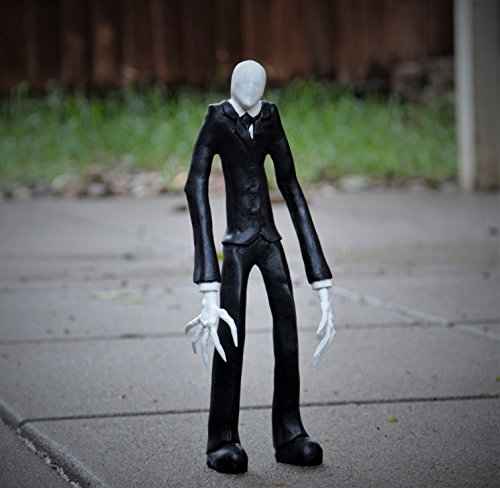 Slenderman (CreepyPasta) Resin Hand Painted Maquette/ Sculpture 12
