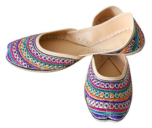 KALRA Creations Traditionelle indische Samt Leder Damen Ballerinas Multi Color