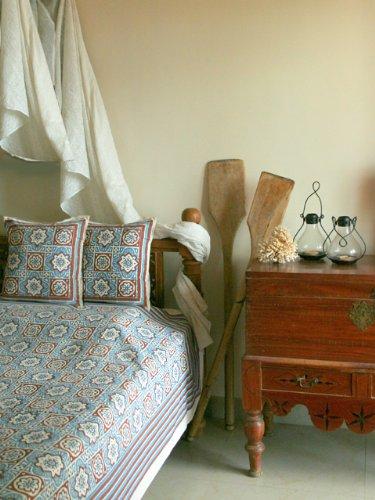 UPC 811696013614, Ocean Breezes ~ Rustic Blue Brown Moroccan Beach King Bedspread 108x90