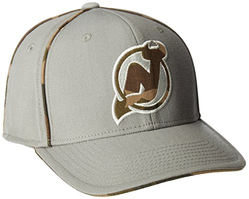 fan products of NHL New Jersey Devils Men's SP17 Gray Camo Structured Flex Cap, Gray, Large/X-Large