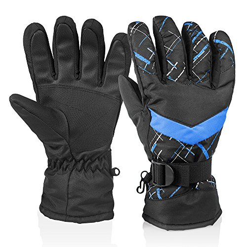 Gloves for snowboarding