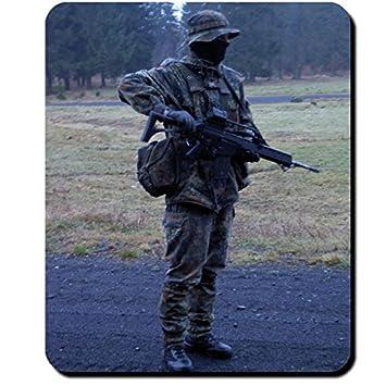 Der Gruppenführer Bundeswehr Soldat Ausbilder Deutschland Flecktarn
