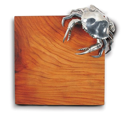 Coastal Christmas Tablescape Décor - Pewter crab icon design on an oak wood cheese board by Vagabond House