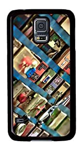 Samsung Galaxy S5 Case Cover - Whats That Noise That Always Scares Me Custom Designer PC Hard Case for Samsung Galaxy S5 - Black