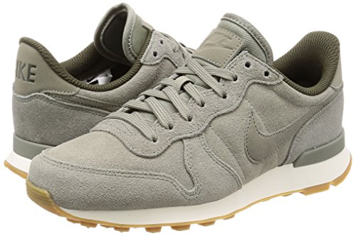 huge selection of eef1e 890d5 Nike Women s 872922-005 Trainers Khaki  Amazon.co.uk  Shoes   Bags