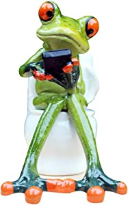 L.DONG 3D Creative Frog Figurine Decor, Green Frog Statue Texting on Toilet, Resin Animal Pen Pencil Holder Funny Cute Decoration for Home Desk Bathroom