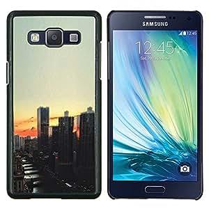 Eason Shop / Premium SLIM PC / Aliminium Casa Carcasa Funda Case Bandera Cover - Vista de la ciudad de noche de la puesta del sol - For Samsung Galaxy A5 ( A5000 ) 2014 Version