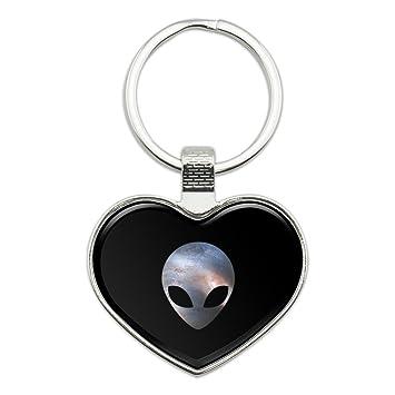 Alien Head en el espacio del amor en forma de corazón ...