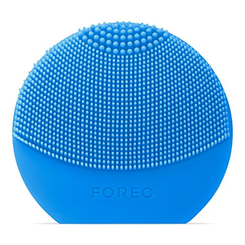 FOREO LUNA play plus: Portable Facial Cleansing Brush, Aquamarine by FOREO