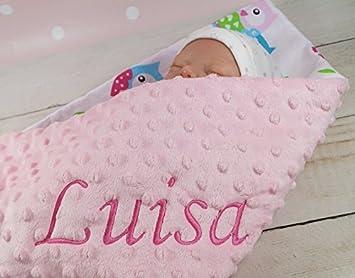 Babydecke mit Namen bestickt