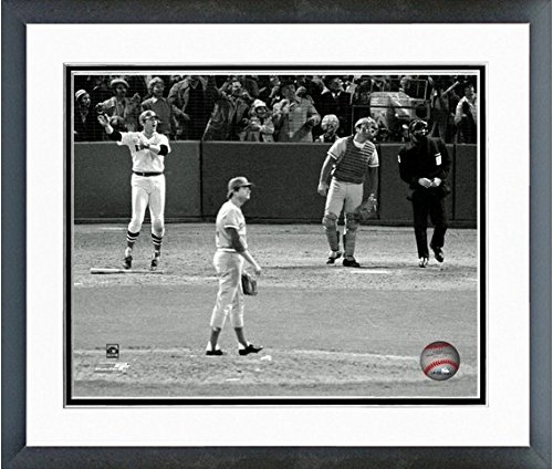 Carlton Fisk Boston Red Sox 1975 World Series Action Photo (Size: 12.5