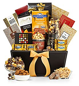 GiftTree Metropolitan Gourmet Gift Basket | Premium Fare, Sweets and Cookies | Perfect Present for Clients, Holidays and Birthdays