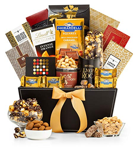GiftTree Metropolitan Gourmet Gift Basket | Assorted Nuts, Ghirardelli and Lindt Chocolates, Carmel Corn and More | Perfect Present for Friends, Family and Clients
