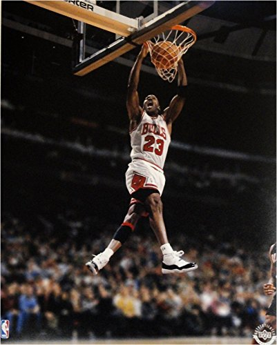 Michael Jordan Unsigned 8x10 Photograph Dunking White Jersey UDA