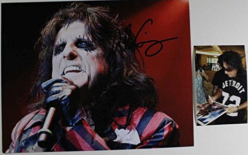 (Alice Cooper Signed Autographed Glossy 11x14 Photo w/Signing Photo)