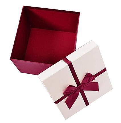 Una caja de embalaje de regalo de cumpleaños romántico Cajas ...