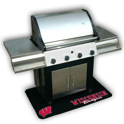 (Backyard Basics Wisconsin Grill Mat)
