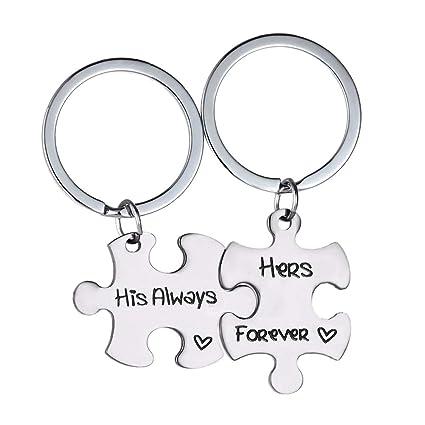 Amazon.com: Vosarea 2pcs Couples Keychains Puzzle Car ...