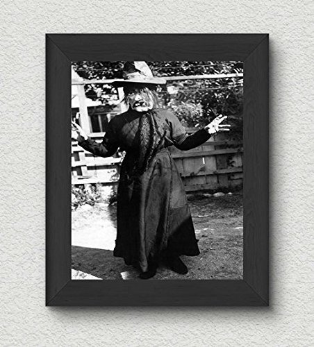 Creepy Witch Costume Photo Vintage Art Print - 8x10 Wall Art - Halloween (Old Halloween Costume Pictures)