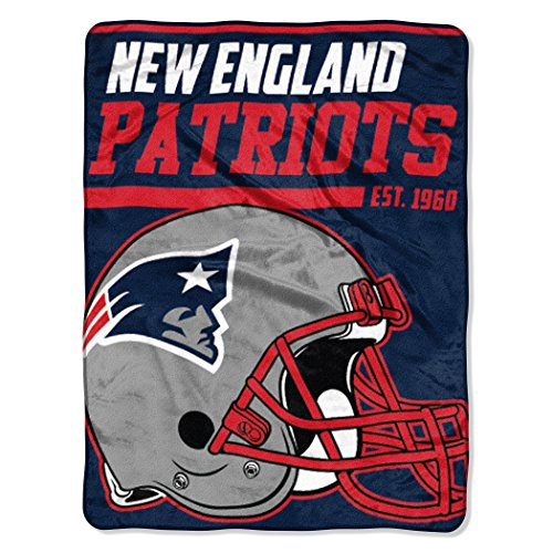 Patriots Blanket Soft New England (The Northwest Company NFL New England Patriots 40-Yard Dash Micro Raschel Throw, 46