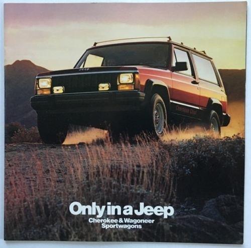 1985 Jeep Cherokee and Wagoneer 26-page BIG Original Car Brochure Catalog