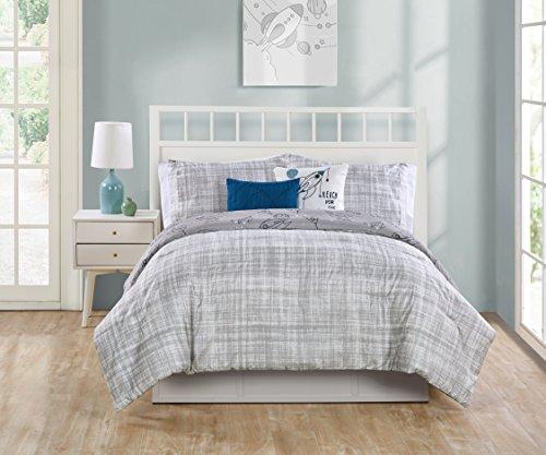 - VCNY Home Blast Off 4 Pc Comforter Set, Twin, Grey