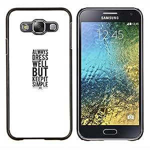 Caucho caso de Shell duro de la cubierta de accesorios de protección BY RAYDREAMMM - Samsung Galaxy E5 E500 - vestido sonrisa blanca cartel minimalista