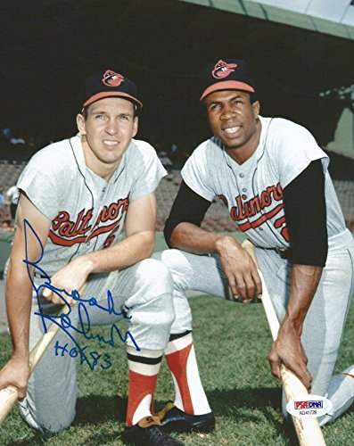 - Signed Brooks Robinson Photograph - Hall Of Fame 8x10 COA A) - PSA/DNA Certified - Autographed MLB Photos