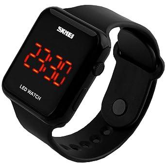 d1b3d2d4c8a9 SunJas Reloj Deportivo Reloj Pulsera para Hombre LED Digital Pantalla Fecha  Tiempo Resistente al Agua - Color Negro  Amazon.es  Relojes