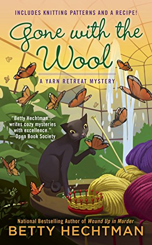 Gone with the Wool (A Yarn Retreat Mystery Book 4)]()