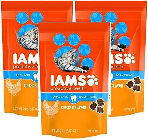 IAMS Proactive Health Oral Care Chicken Flavor Daily Treats for Cats, 2.47 Oz (Pack of 3) by Iams
