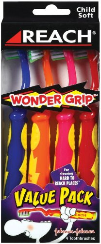 (Reach WONDER GRIP Toothbrush Value Pack, 4-count Packages (Pack of 6))