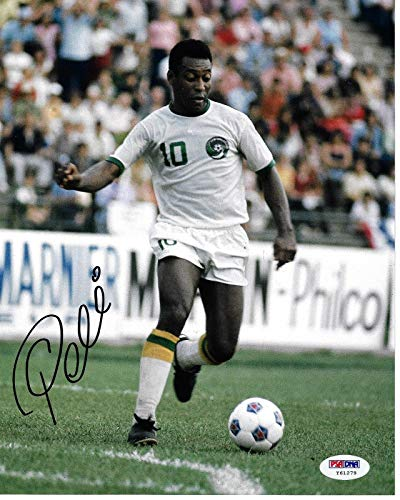 (Pele Signed Photograph - 8x10 White Jersey COA - PSA/DNA Certified - Autographed Soccer Photos)