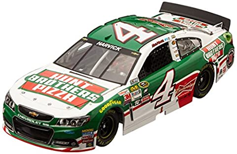 Lionel Racing Kevin Harvick #4 Hunt Brothers Pizza 2015 Chevrolet SS 1:24 Scale Die-cast Car