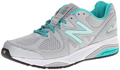 New Balance Women's W1540V2 Running Shoe, Silver/Green, 8 2E US