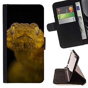 BullDog Case - FOR/Apple Iphone 5C / - / black snake yellow macro close-up nature /- Monedero de cuero de la PU Llevar cubierta de la caja con el ID Credit Card Slots Flip funda de cuer