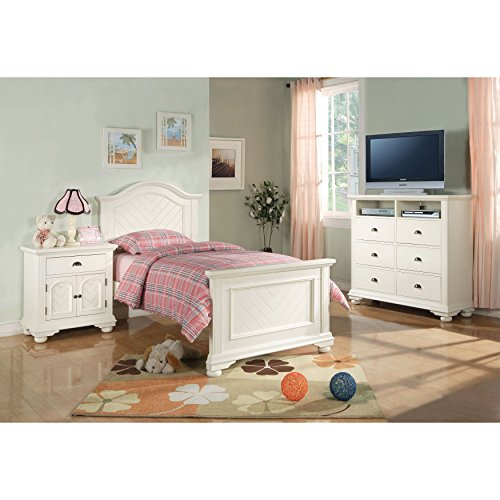 Elements Addison 3 Piece Full Bedroom Set in White by Elements