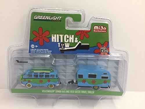 (Volkswagen Samba Bus and 1959 Siesta Travel Trailer Hitch & Tow Series Limited Edition to 2898pcs 1/64 by Greenlight 51114 D)