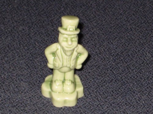 2008 Wade Red Rose Tea Calendar Series Figurine - March Leprechaun