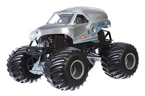 Hot Wheels Monster Jam 1:24 Scale New Earth Authority Vehicle (Truck 1 Hot 24 Monster Wheels)