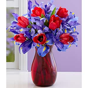 Tender Hugs and Kisses (with FREE glass vase) - Flowers