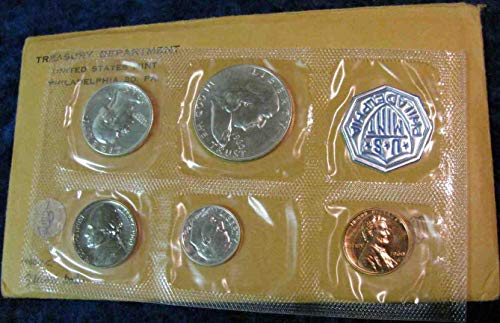 - 1960 P Silver US Proof Set RARE SMALL Date Comes in Original US mint packaging Proof