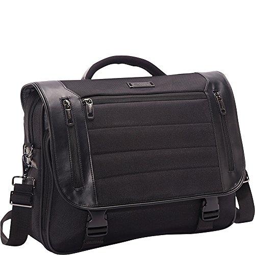 (Kenneth Cole Reaction Port Ride Home - Flapover Laptop Case (Black))